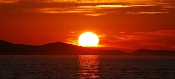 tramonto-perche-rosso